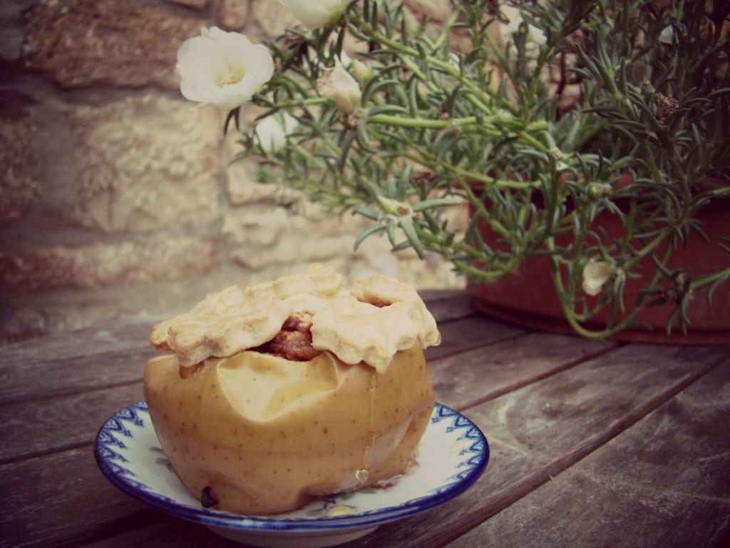 Apfelkuchen im Apfel