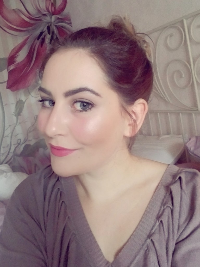 Laura Mercier Blush and Glow trio Review