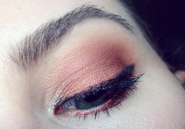 Nachgeschminkt November 2015 bold orange eyes